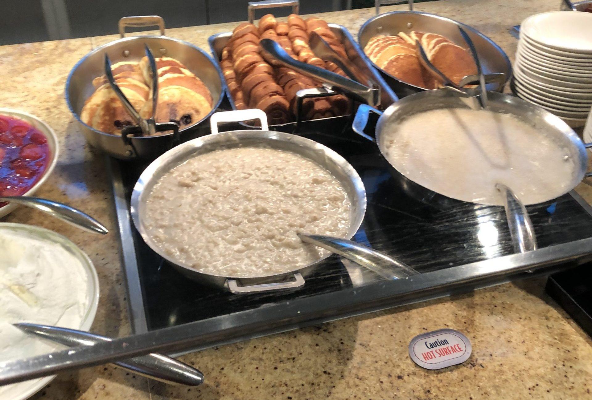 エンチャンテッドガーデン 朝食