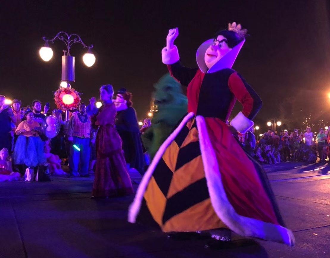 mickeys-boo-to-you parade